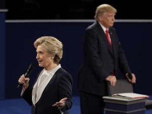دومین مناظره کلینتون و ترامپ/ کاندیدای جمهوریخواه: برجام احمقانهترین توافق تاریخ است