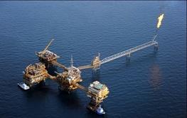 زورآزمایی در نفت و گاز مشترک/ تکلیف قانونی است که تا پایان برنامه ششم ظرفیت تولید نفت ایران به ۴,۷ میلیون بشکه در روز برسد
