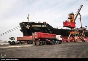 🔴ششمین کشتی شکر پهلو گرفت/ واردات ۶۰۰ هزار تن شکر در اردیبهشت